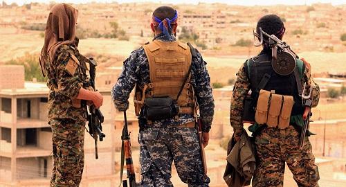 Lo sợ bị Mỹ bỏ rơi, lực lượng người Kurd thỏa thuận với chính phủ Syria  - Ảnh 1