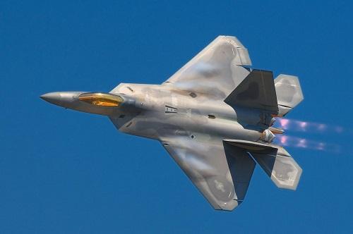 Lộ diện vũ khí giúp F-22 Raptor trở thành chiến đấu cơ tốt nhất thế giới  - Ảnh 1
