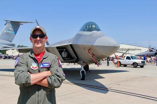 Lộ diện vũ khí giúp F-22 Raptor trở thành chiến đấu cơ tốt nhất thế giới  - Ảnh 2