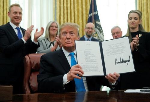 Tổng thống Trump ký chỉ thị lập Lực lượng Không gian Mỹ - Ảnh 1