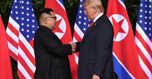 Nghị sĩ đảng Dân chủ Mỹ đề xuất dự luật chấm dứt Chiến tranh Triều Tiên - Ảnh 1
