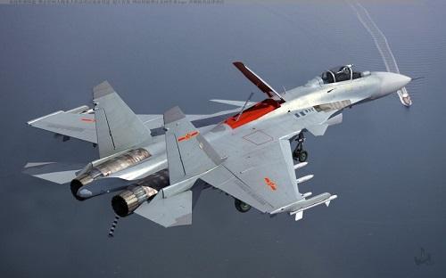 Tiêm kích J-15 - 'Cá mập bay' của Trung Quốc gây thất vọng - Ảnh 1
