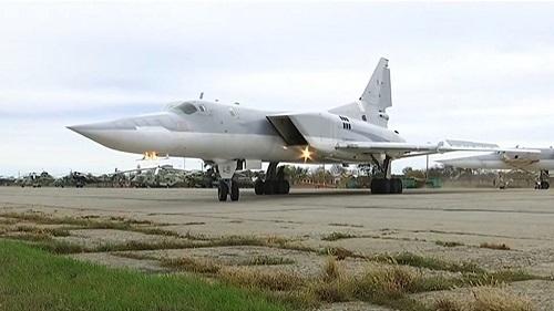 Nga triển khai oanh tạc cơ Tu-22M3 tới Crimea để đáp trả Mỹ  - Ảnh 1