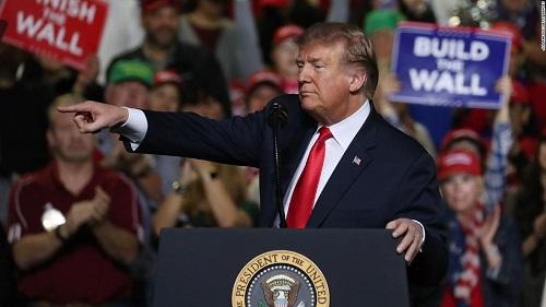 CNN tiết lộ 'công thức' tái đắc cử của ông Trump: Tiền, quyền lực và dữ liệu - Ảnh 1