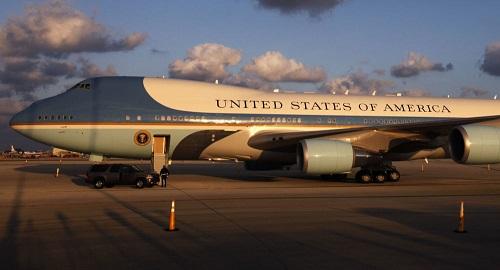 """Mỹ chi tiền """"khủng"""" để biến chuyên cơ Không lực Một thành 'Nhà Trắng trên không' - Ảnh 1"""