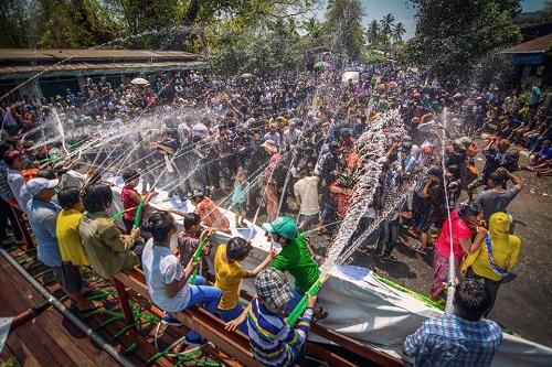 Thái Lan: 237 người chết và hàng ngàn người bị thương trong lễ Songkran 2019 - Ảnh 2