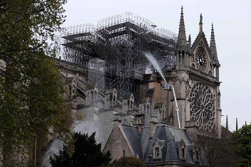 Kiệt tác kiến trúc Gothic Nhà thờ Đức Bà Paris sẽ được phục dựng như thế nào? - Ảnh 2