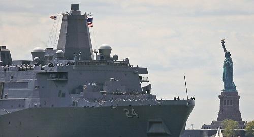 Phát hiện camera quay lén trong phòng tắm nữ trên tàu Hải quân Mỹ  - Ảnh 1