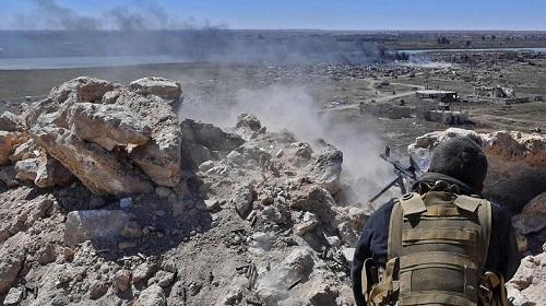 Tình hình Syria mới nhất ngày 17/5: Lực lượng Mỹ hậu thuẫn đàn áp IS ở Deir al-Zor - Ảnh 1
