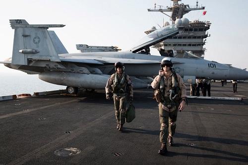 Thực hư việc các phi công của Hải quân Mỹ nhìn thấy UFO mỗi ngày  - Ảnh 1