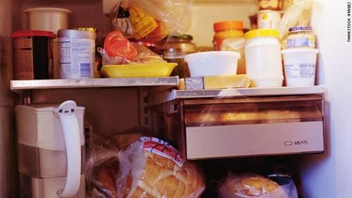 Thực phẩm 'siêu chế biến' như kem, xúc xích, đồ uống có gas làm giảm tuổi thọ - Ảnh 2