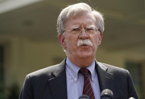 Mỹ điều tàu sân bay, máy bay ném bom đến Trung Đông để 'dằn mặt' Iran  - Ảnh 1