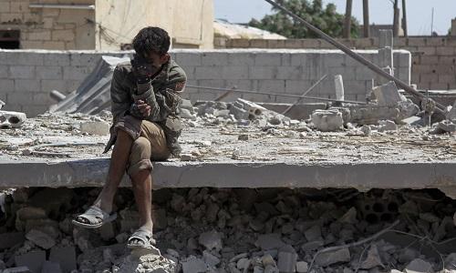 Tình hình Syria mới nhất ngày 9/5: Không kích, pháo kích vào Idlib khiến 200.000 người phải di dời - Ảnh 1