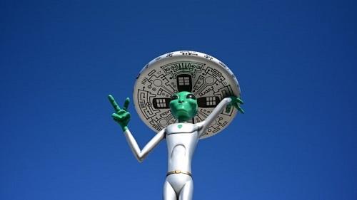 Tại sao hàng triệu người tin rằng chính phủ Mỹ che dấu người ngoài hành tinh ở Vùng 51? - Ảnh 2