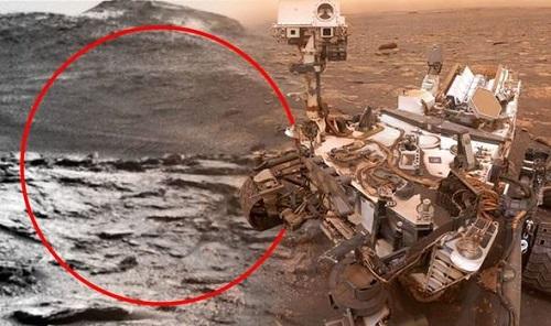 """Thực hư việc tàu thăm dò của NASA phát hiện """"mái vòm ngoài hành tinh"""" trên Sao Hỏa - Ảnh 1"""