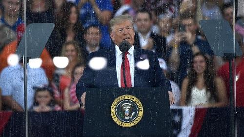 Ông Trump phát biểu tại lễ kỷ niệm Quốc khánh: Không có gì nước Mỹ không làm được - Ảnh 1