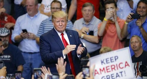 Tổng thống Trump: 'Tôi không quan tâm tới việc kiếm tiền' - Ảnh 1