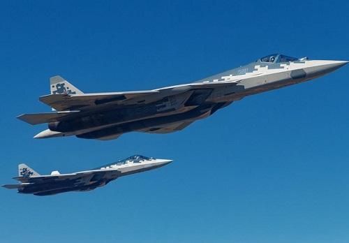 Tiêm kích 'bóng ma bầu trời' Su-57 liệu có chiến thắng nếu đối đầu với chiến đấu cơ của Mỹ? - Ảnh 1
