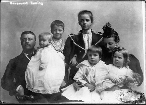 Alice Roosevelt: 'Tiểu thư lập dị nhất Nhà Trắng' - Ảnh 2
