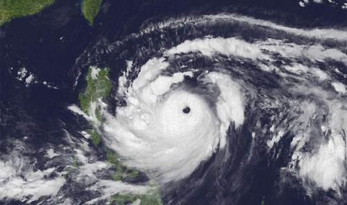 Sức mạnh của siêu bão Mangkhut nhìn từ vệ tinh - Ảnh 4