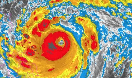 Sức mạnh của siêu bão Mangkhut nhìn từ vệ tinh - Ảnh 5