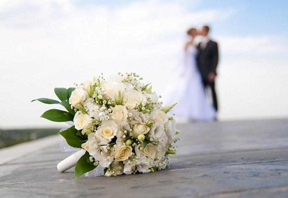 Tạm trú tại tỉnh khác, có nhất thiết phải về quê đăng ký kết hôn? - Ảnh 1
