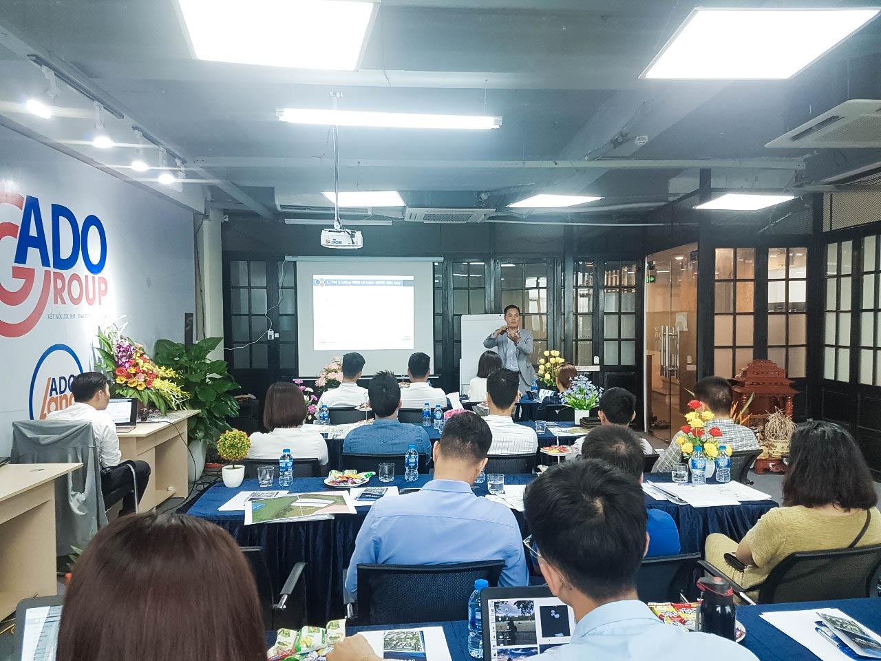 ADO Land:  Sự kiện chia sẻ về Hòa Lạc thu hút đông đảo nhà đầu tư quan tâm - Ảnh 1