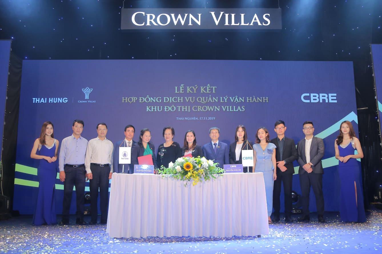 Thái Hưng bàn giao căn hộ Tiểu khu Iris và ra mắt biệt thự siêu Vip của dự án Crown Villas - Ảnh 1