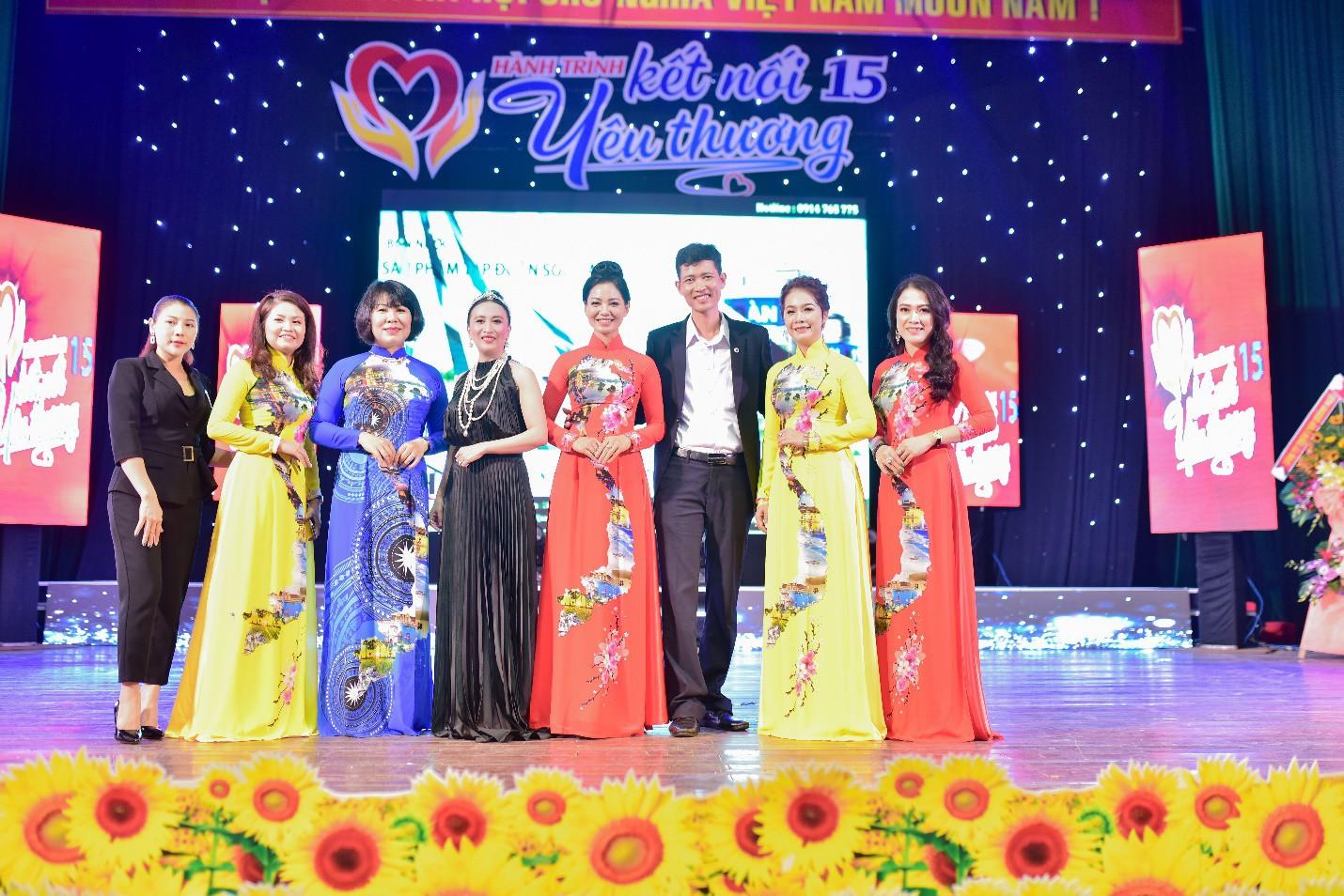 Lưu Lan Anh cùng Hành Trình Kết Nối Yêu Thương số 15 mang yêu thương đến Quảng Ngãi - Ảnh 1