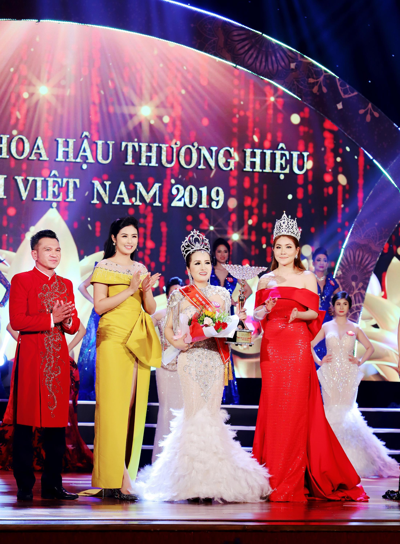 Nhiều sắc màu tại đêm tôn vinh Hoa hậu Thương hiệu Olivia tại Việt Nam 2019 - Ảnh 10