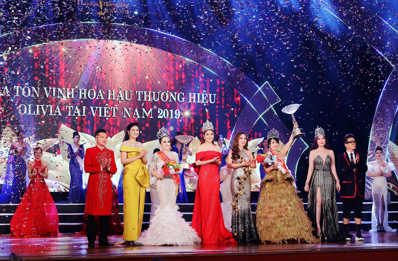 Nhiều sắc màu tại đêm tôn vinh Hoa hậu Thương hiệu Olivia tại Việt Nam 2019 - Ảnh 11