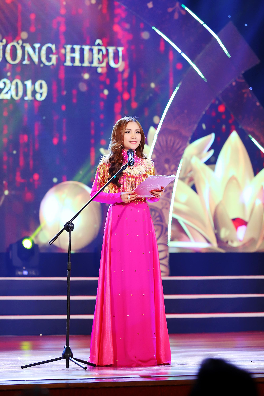 Nhiều sắc màu tại đêm tôn vinh Hoa hậu Thương hiệu Olivia tại Việt Nam 2019 - Ảnh 3