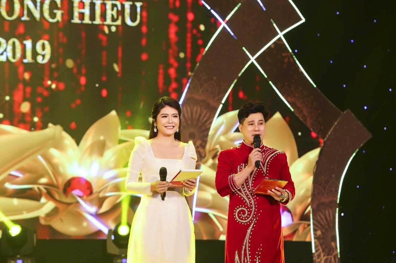 Nhiều sắc màu tại đêm tôn vinh Hoa hậu Thương hiệu Olivia tại Việt Nam 2019 - Ảnh 4