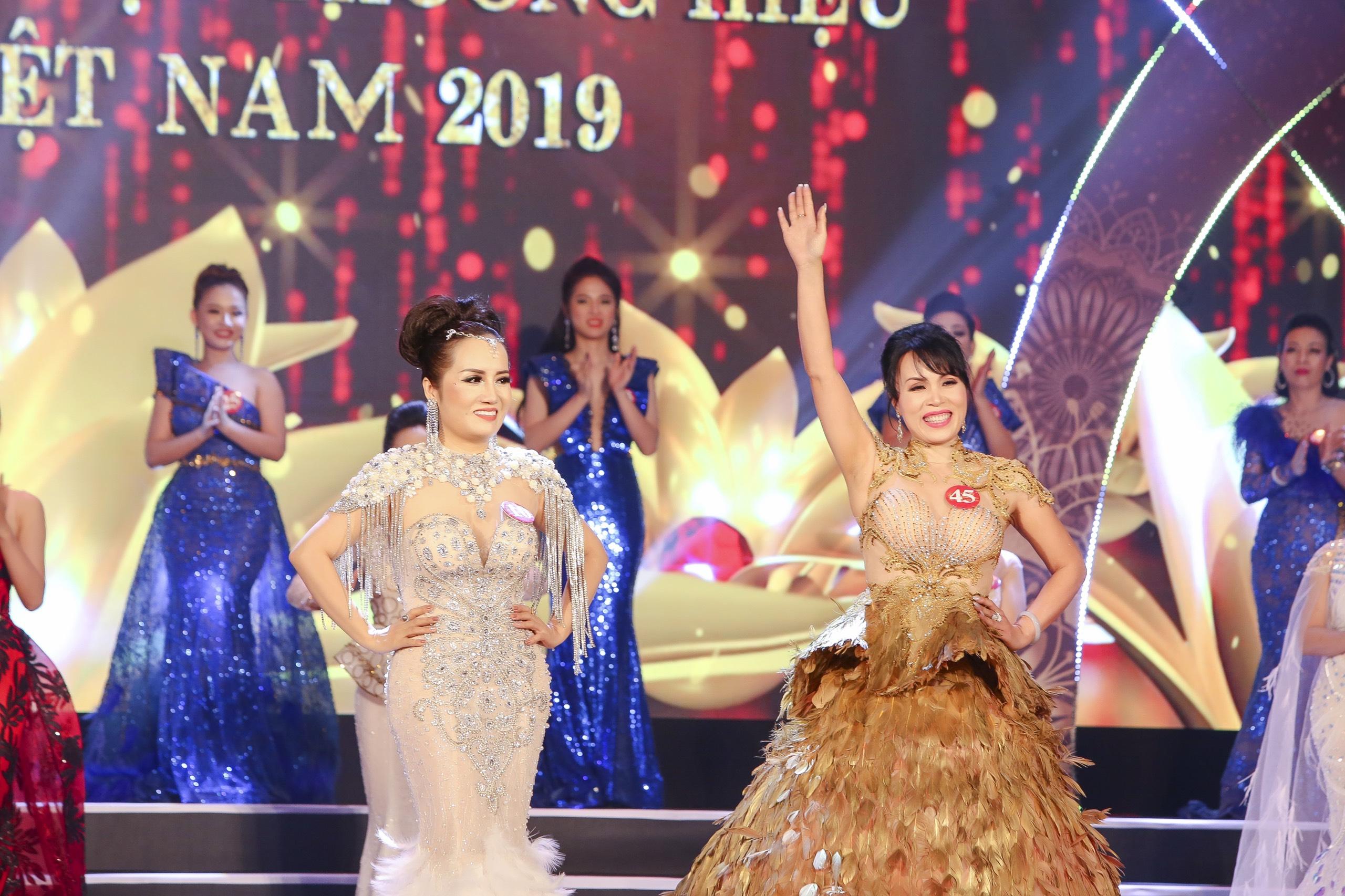 Nhiều sắc màu tại đêm tôn vinh Hoa hậu Thương hiệu Olivia tại Việt Nam 2019 - Ảnh 7