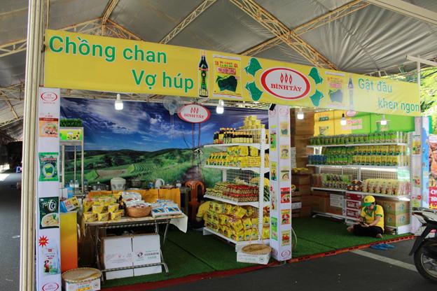 Thương hiệu Bình Tây FOOD lần đầu tham dự 'Hội chợ công- thương khu vực phía nam năm 2019' - Ảnh 1