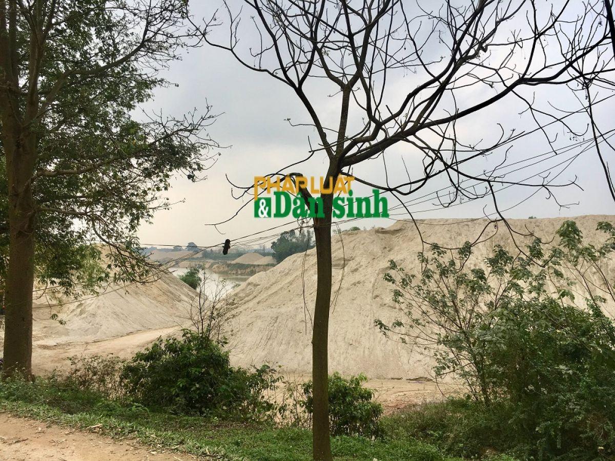Bắc Giang: Trưởng phòng TN&MT huyện Hiệp Hòa tiết lộ người đứng sau các bãi tập kết không phép   - Ảnh 5