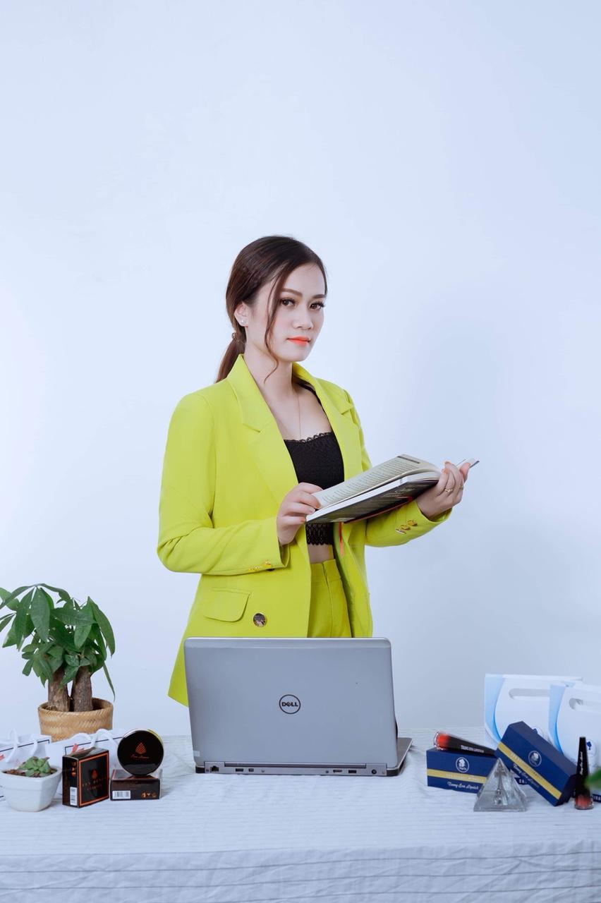 Chuyện về nữ giám đốc thoát khỏi trầm cảm và thành công nhờ kinh doanh online - Ảnh 3