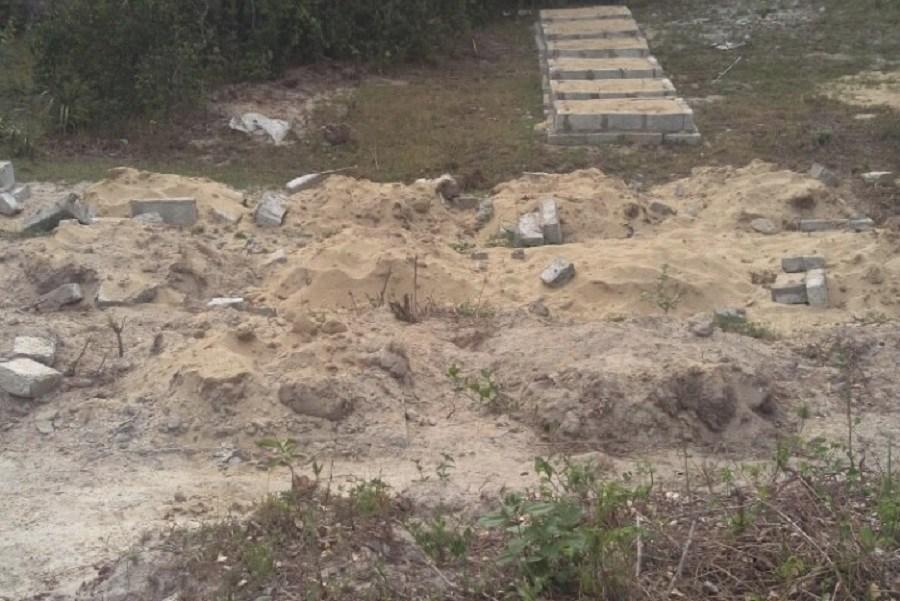 Thừa Thiên - Huế: Bi hài chuyện xây hàng loạt... mộ giả để tăng tiền đền bù? - Ảnh 3