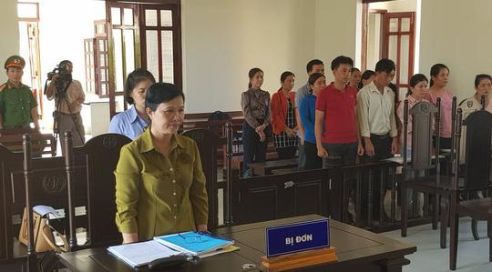 Phú Yên: 12 giáo viên thắng kiện được bồi thường hơn 840 triệu đồng - Ảnh 1