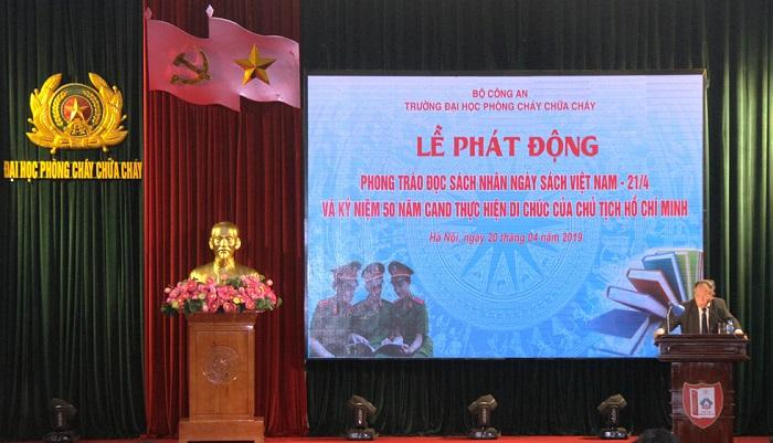 """Trường đại học PCCC: Phát động phong trào đọc sách và tổ chức nói chuyện chuyên đề """"Di chúc của Chủ tịch Hồ Chí Minh"""" - Ảnh 1"""