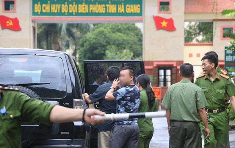 Hai Phó Giám đốc Sở GD – ĐT Hà Giang bị khởi tố vì liên quan đến vụ gian lận thi cử - Ảnh 1
