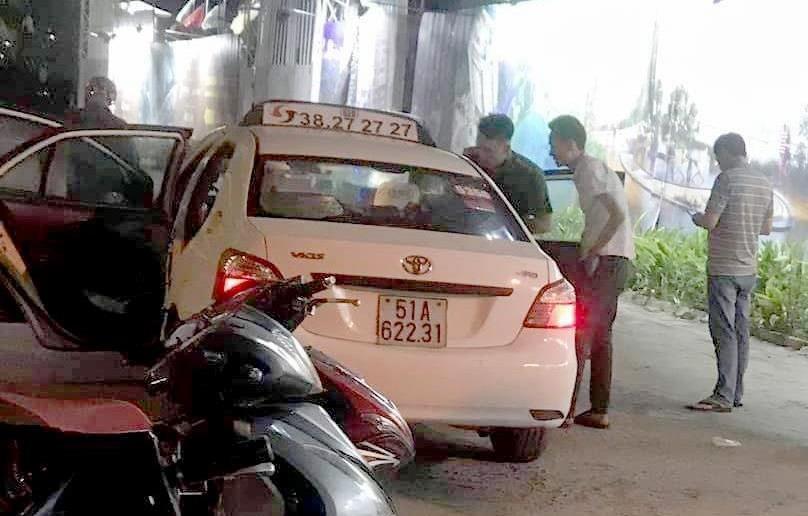 Công an TP.HCM đang khẩn trương truy bắt nghi can cắt cổ tài xế trên đường Nguyễn Văn Linh - Ảnh 1