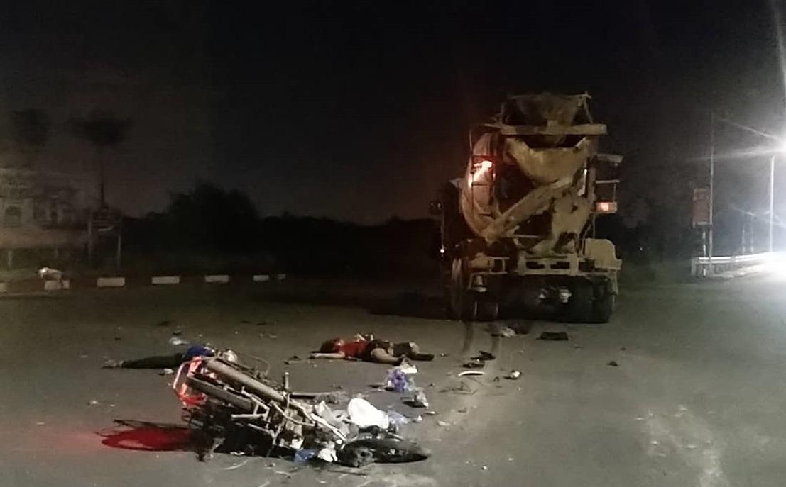 Thanh Oai - Hà Nội: Xe bồn va chạm với xe máy khiến một người tử vong tại chỗ và một người bị thương rất nặng - Ảnh 2