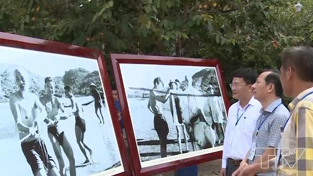 Khai mạc Triển lãm tư liệu ảnh Bác Hồ với Sầm Sơn và Sinh Vật Cảnh toàn quốc - Ảnh 3