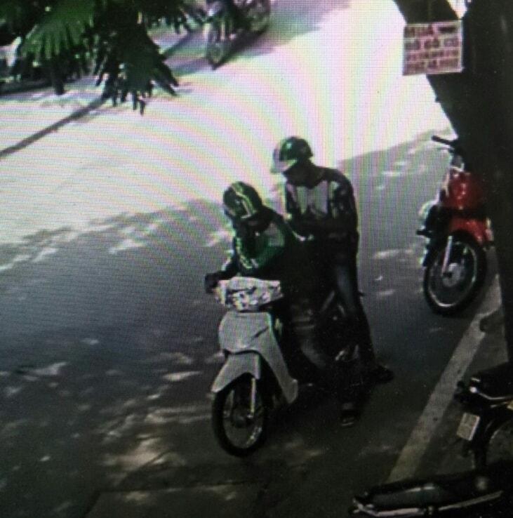 Cảnh giác với thủ đoạn mặc đồng phục giả làm GrabBike để trộm cắp - Ảnh 1