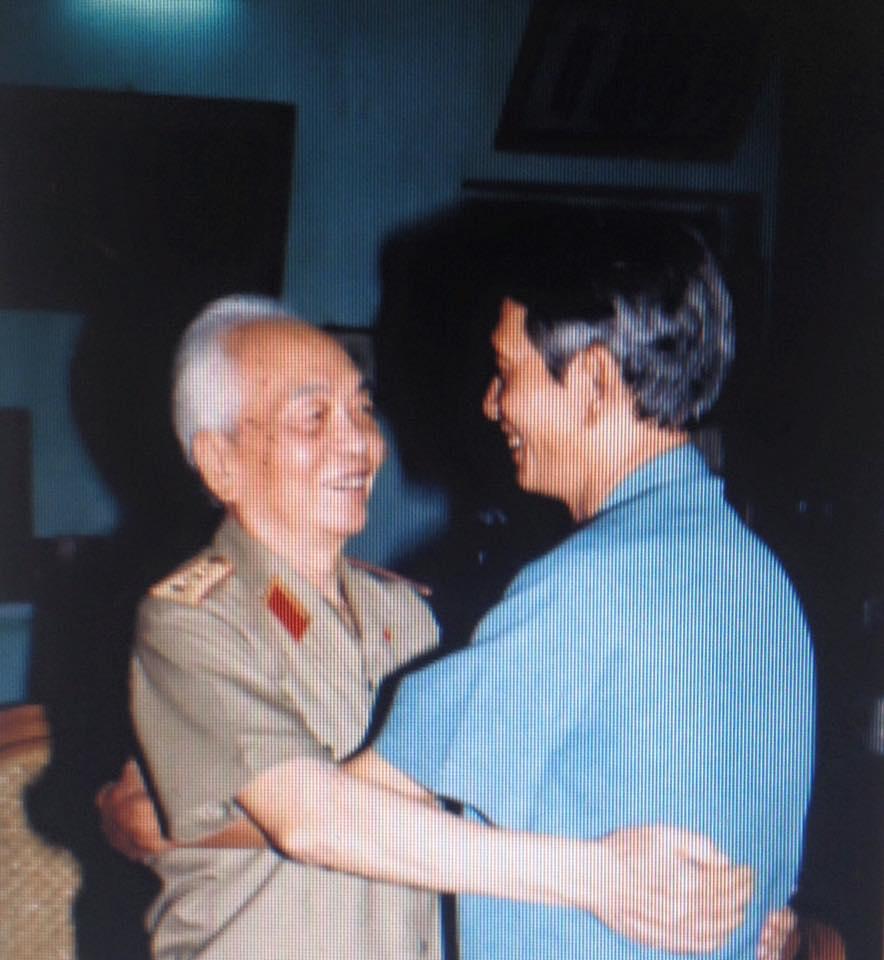 Đại tướng Võ Nguyên Giáp: Người anh cả của Quân đội còn sống mãi trong lòng dân và nhân loại yêu chuộng hòa bình! - Ảnh 5