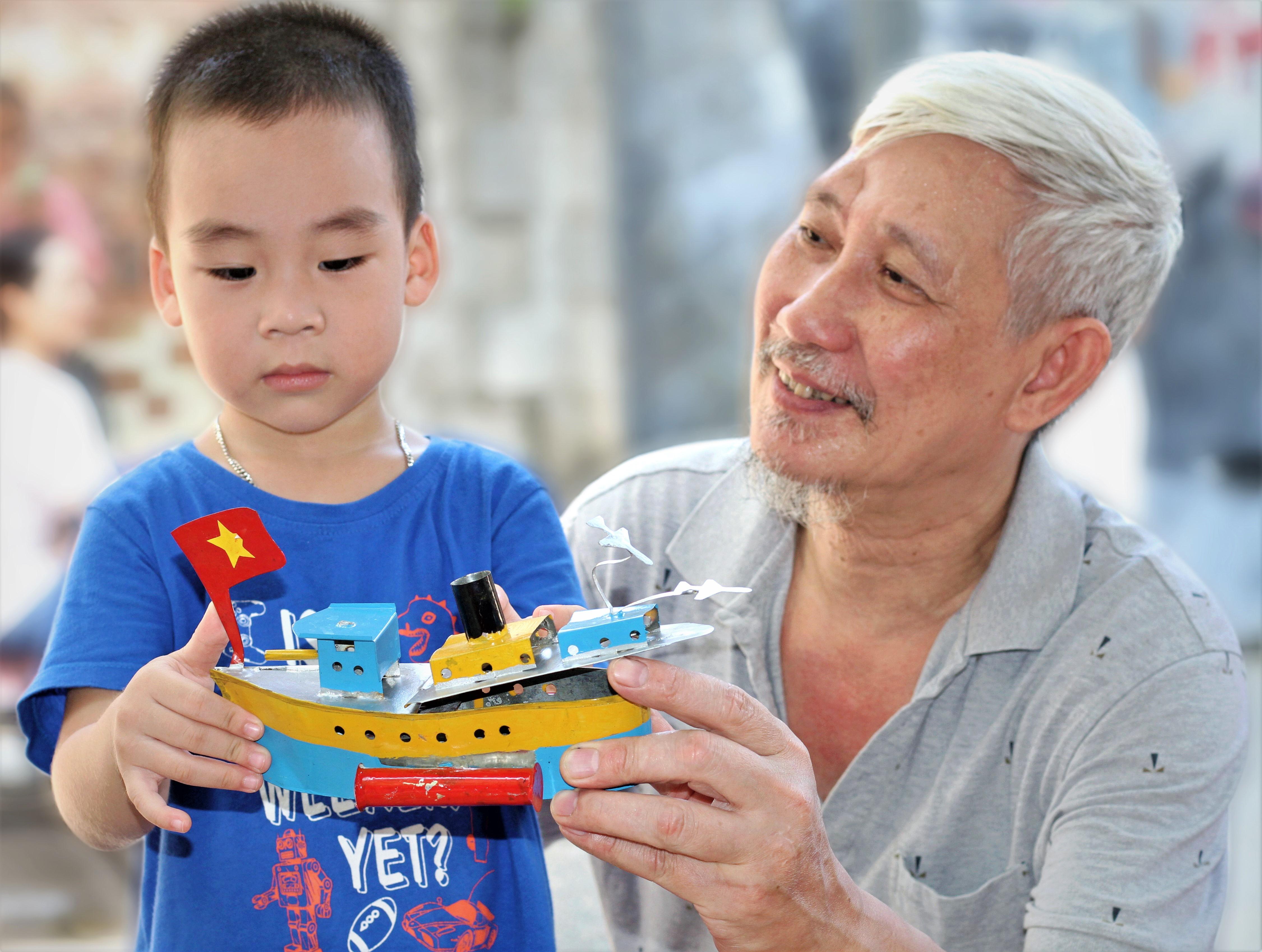 Vua tàu thủy Khương Hạ: 40 năm niềm đam mê từ sắt vụn - Ảnh 3