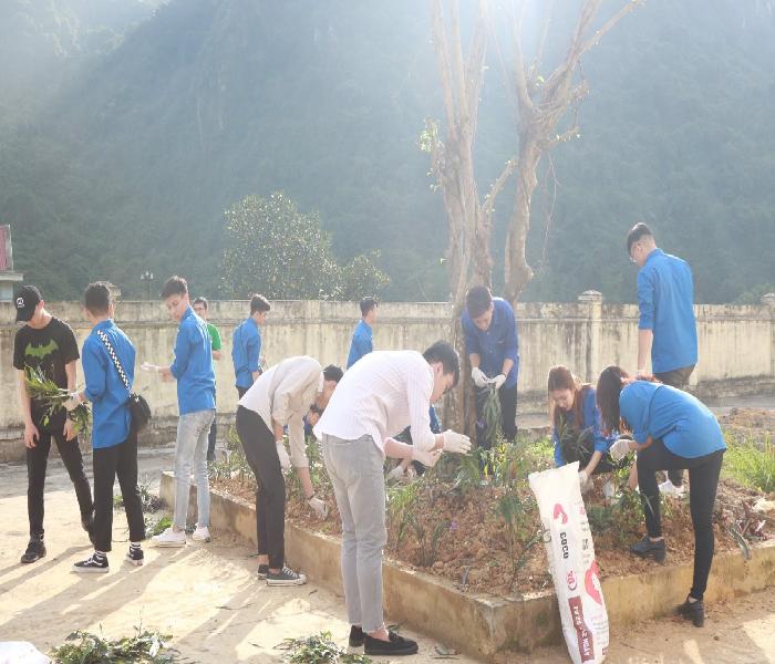 Cùng Zila VietNam và Đại học Văn hóa Hà Nội mang 'Xuân trao yêu thương 2020' đến với bệnh viện Phong Ba Sao - Ảnh 2