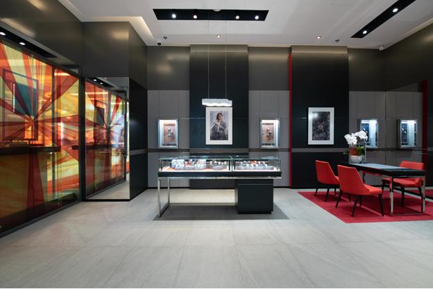 Thương hiệu đồng hồ đẳng cấp Thụy Sĩ TAG Heuer khai trương cửa hàng mới - Ảnh 1