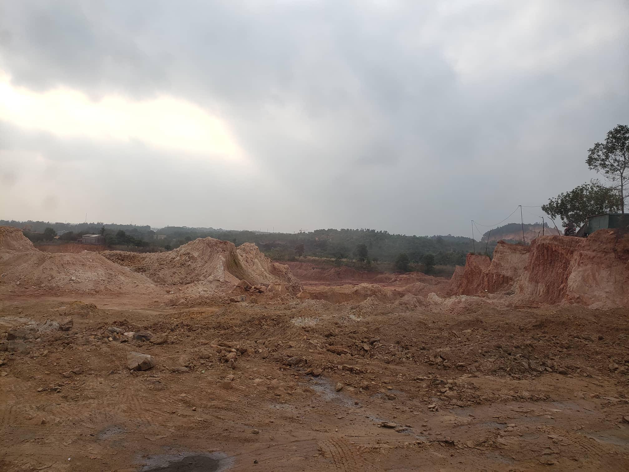 Vĩnh Yên - Vĩnh Phúc: Thực trạng khai thác đất trái phép tại phường Khai Quang - Ảnh 2